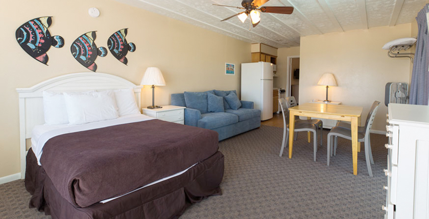Sandpiper Beacon Beach Resort | 2-room-suite