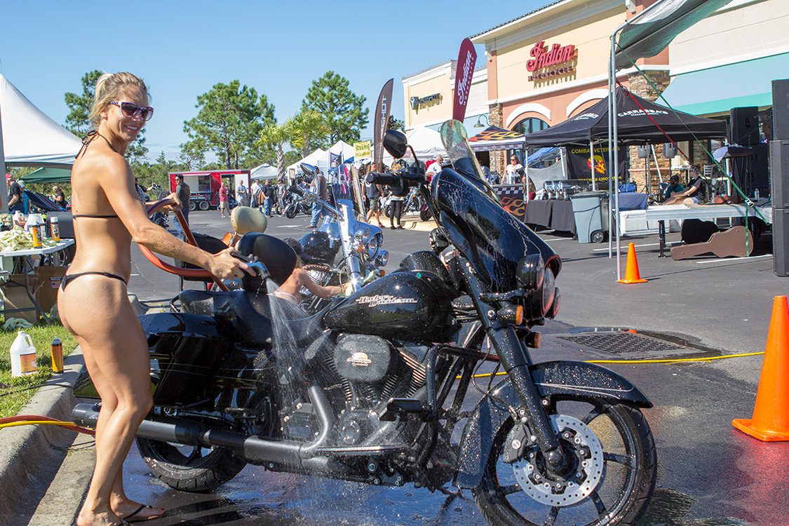 Indian-Motorcycle-of-PCB | Bikini Bike Wash