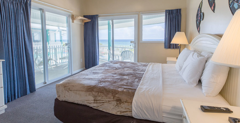 Sandpiper Beacon Beach Resort | 3-room-suite